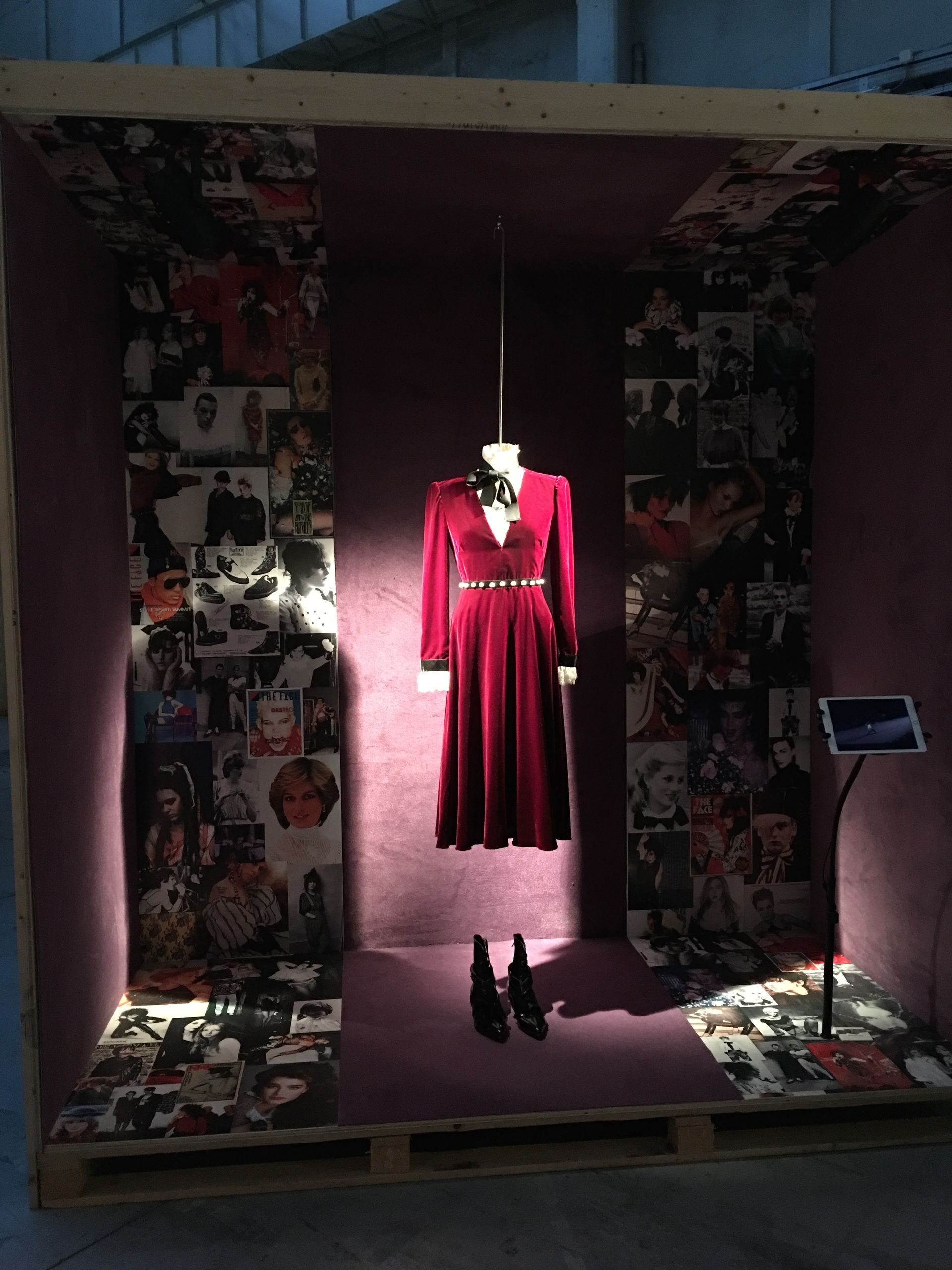 """Milano Fashion Week begins with """"The Principle of creativity"""" Milano Unica exhibition about moodboard"""
