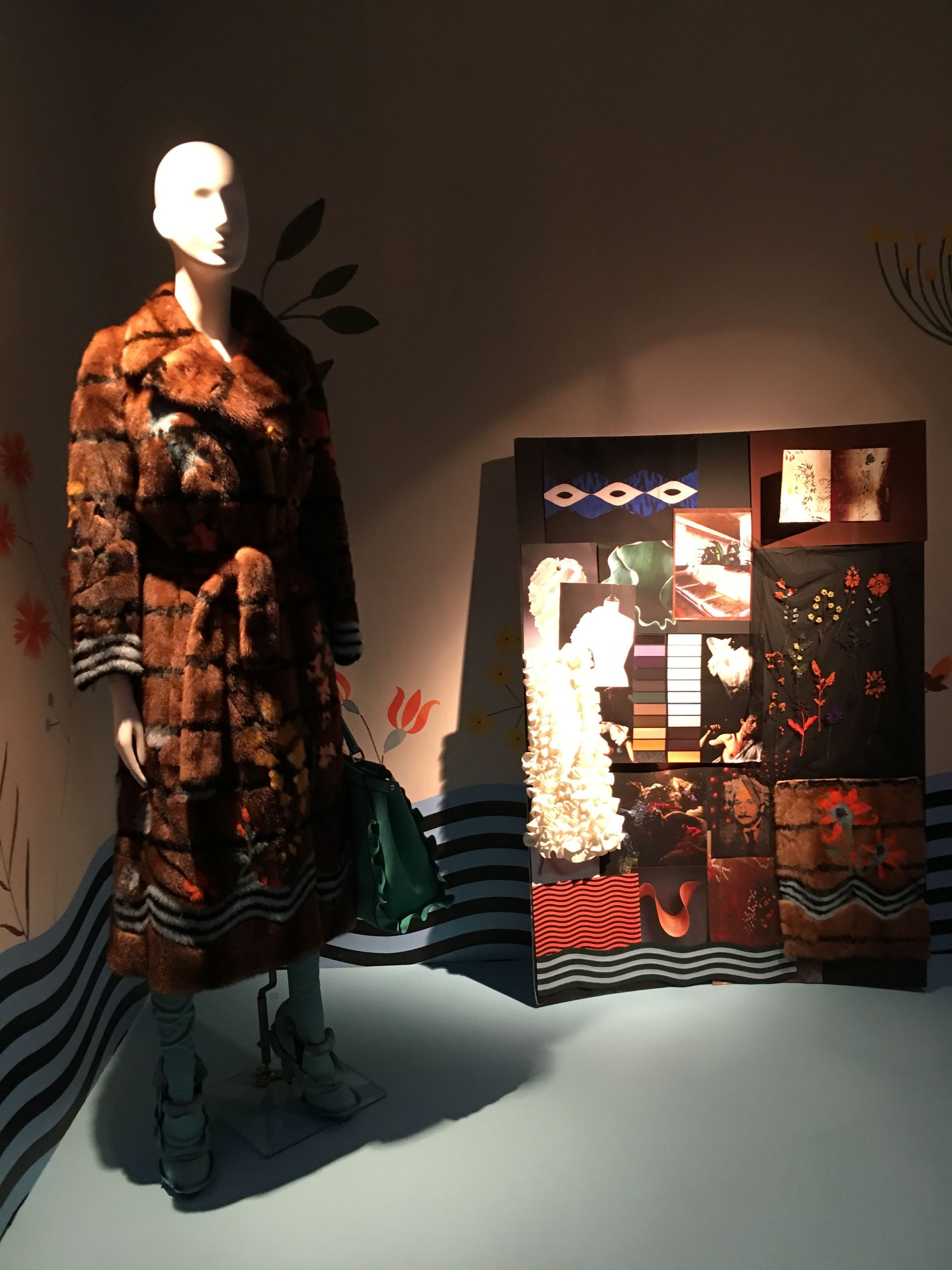 "Milano Fashion Week begins with ""The Principle of creativity"" Milano Unica exhibition about moodboard"