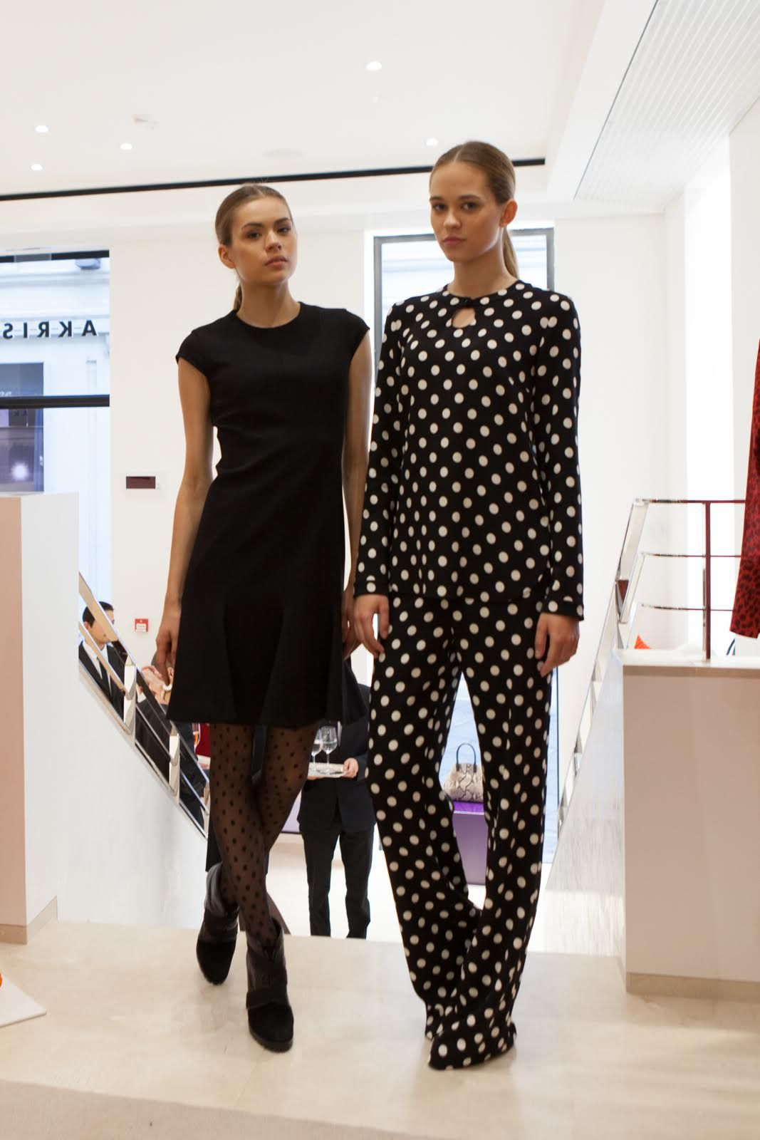 AKRIS shop - The warmth of the Swiss is all in the quality of Akris punto - not only twenty fashion blog milano fashion week