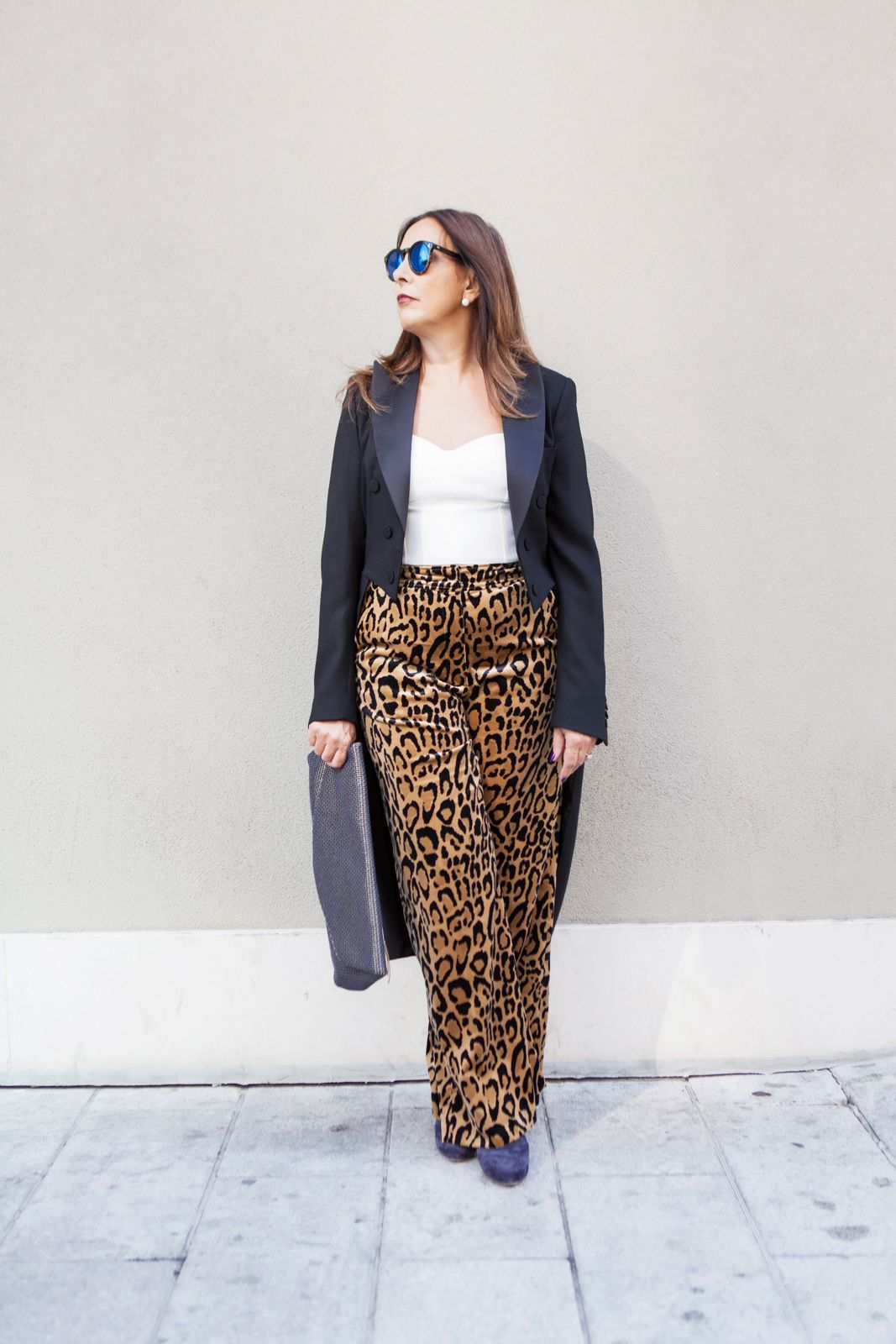 dries tail coat