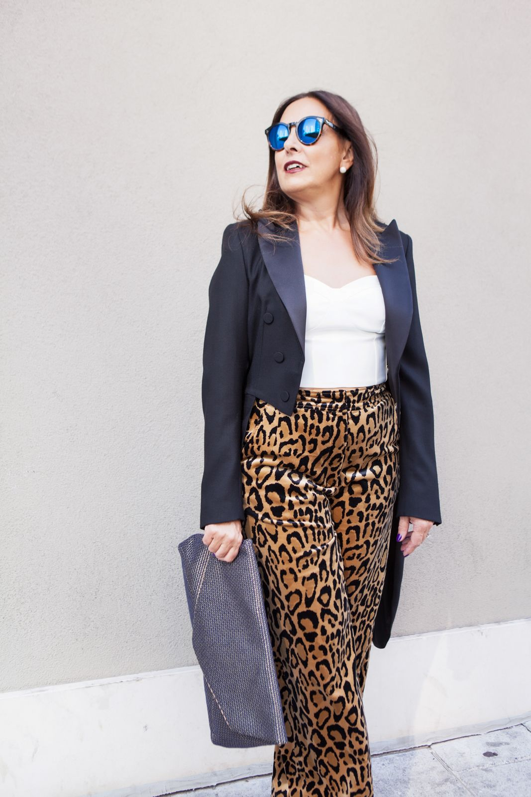 tail coat leopard print