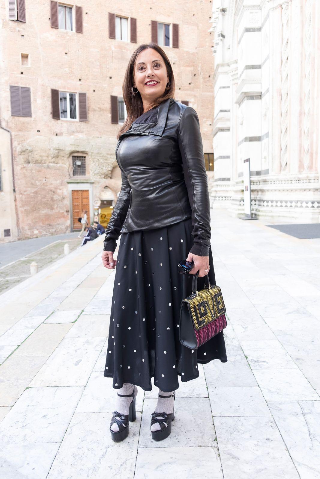 N21 skirt
