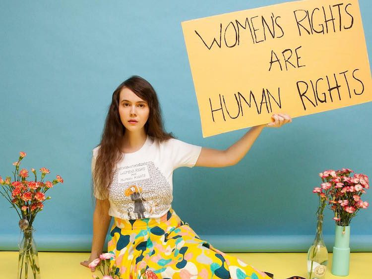 A fashion T-shirt for the Women' rights, a Marc Jacobs and Grace Coddington partnership, inspired by Hillary Clinton, for Women's right, women's day - not only twenty fashion blog