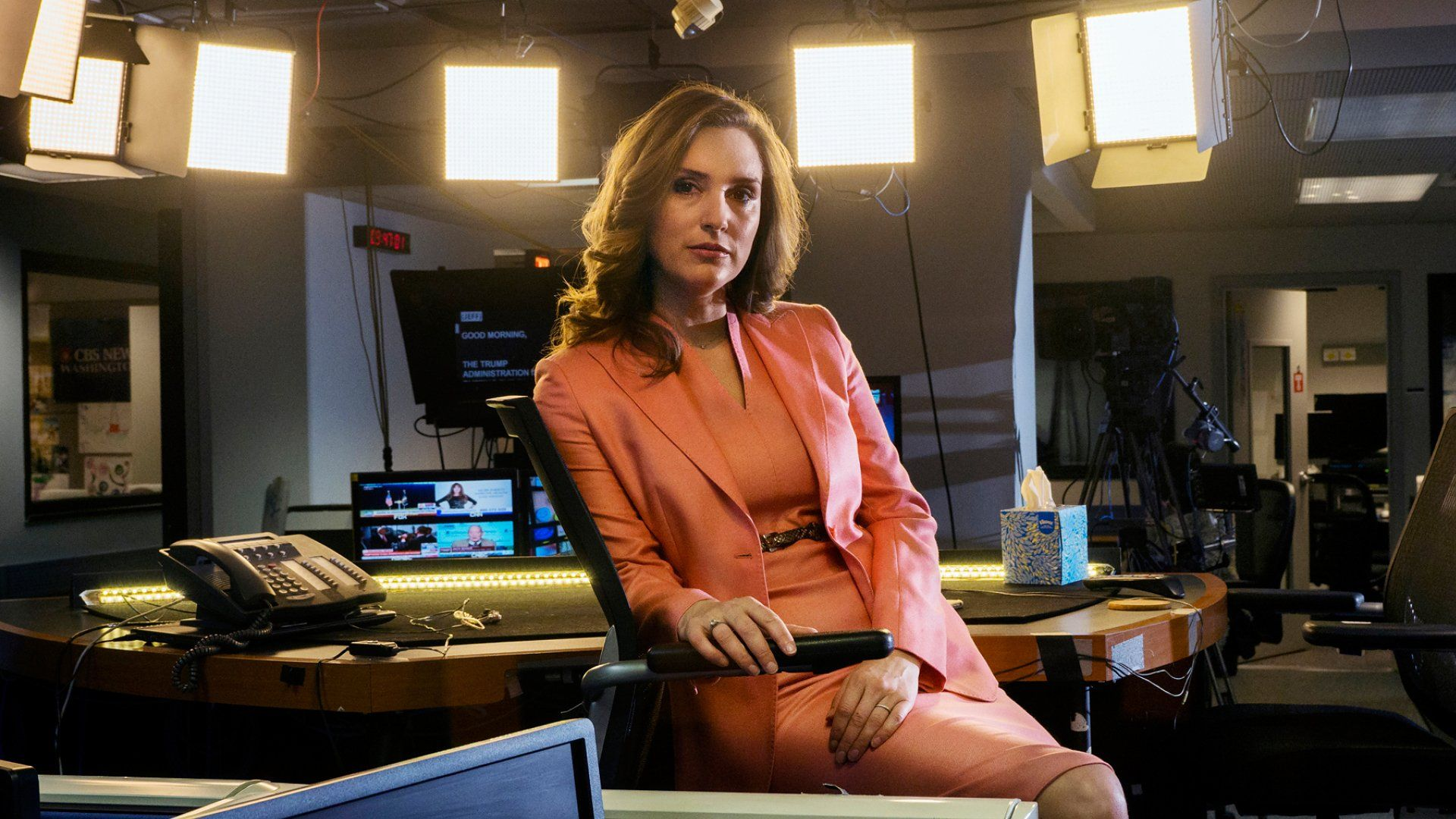 "American Women ""A Matter of Facts"" - Margaret Brennan, CBS News Foreign Affairs & White House correspondent. Ph Alex Majoli. 125 anniversary Vogue US - Not Only Twenty, fashion blog over 40"