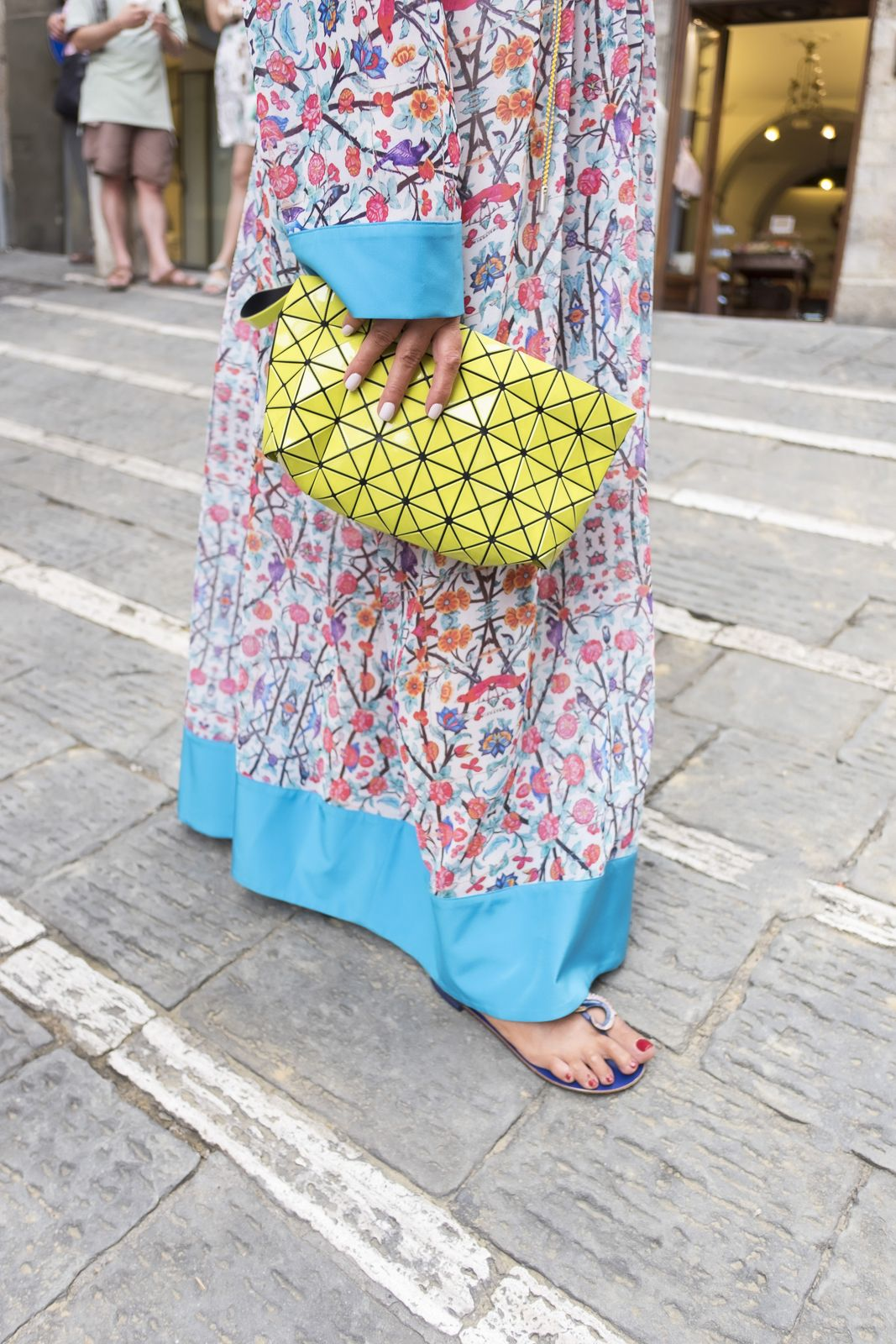 how to wear a kaftan not only twenty